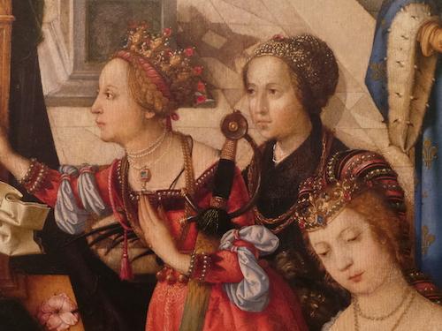 PORTUGAL-MUSEUM-3 WOMEN