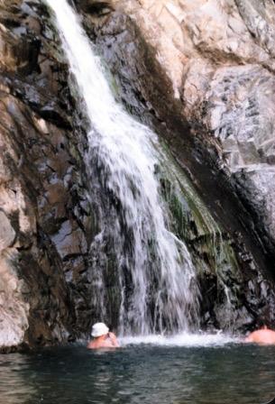 SAUDI-wadi-fall